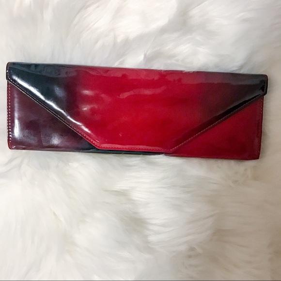 d7f067f02e6 Handbags - Retro slim red and black ombre clutch retro
